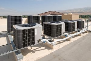 modular-rooftop-ac-units-on-roof-of-industrial-building